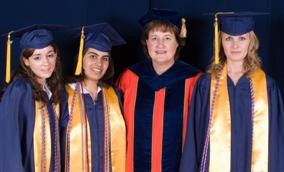Fellow of the year Lorna Finnegan with graduating Honors College Students
